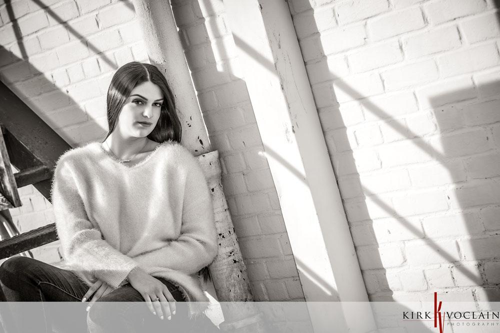 senior girl downtown houma la black&white