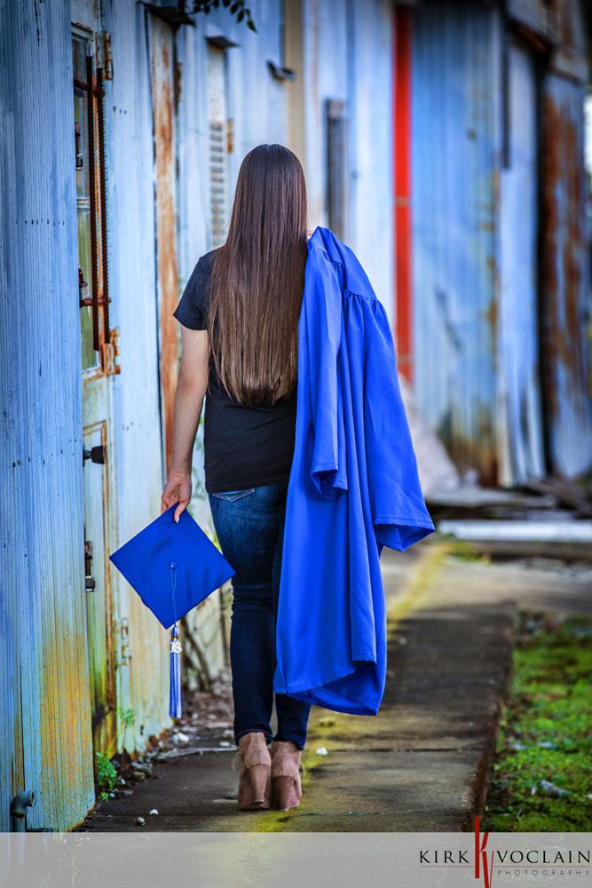 senior girl downtown houma la cap & Gown | Kirk Voclain Photography ...