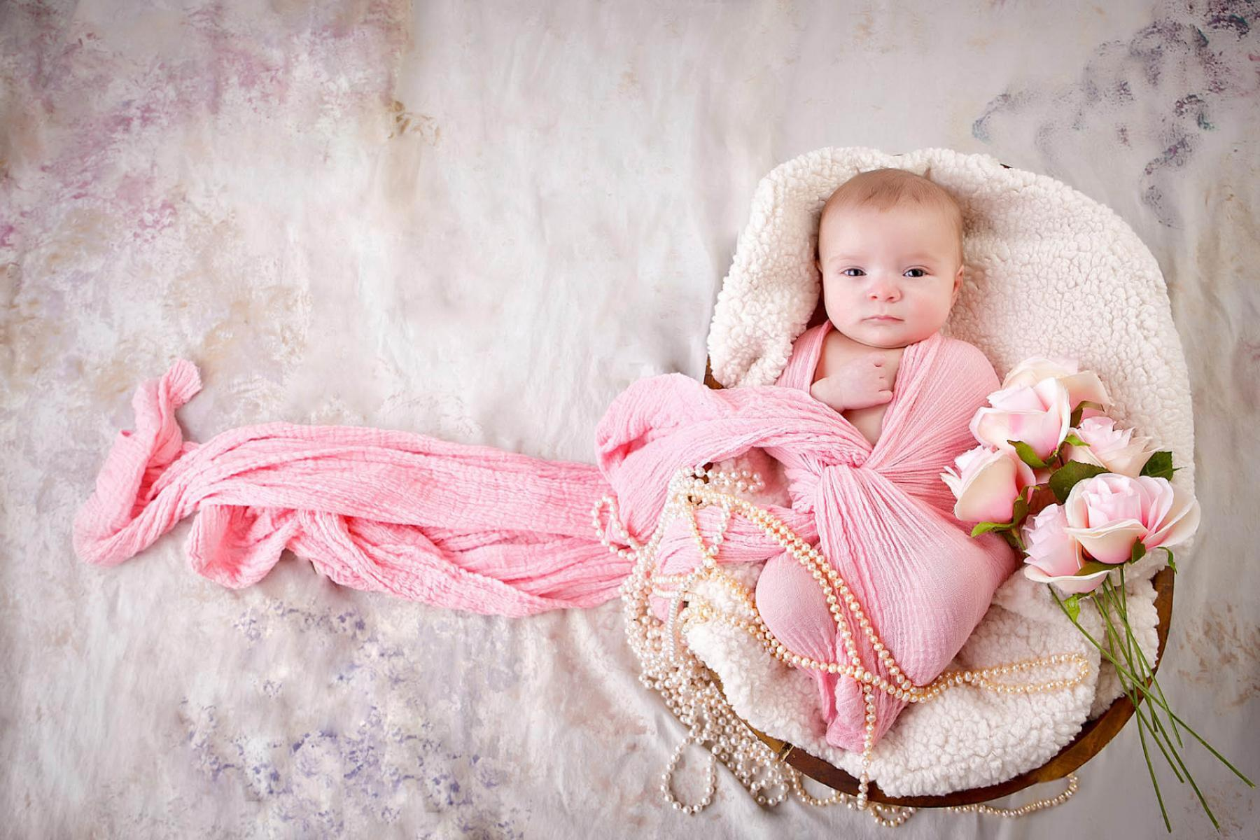 We love photographing babies, newborns, children, and pregnant mom portrait and pictures. We are located in Houma LA also serving the Thibodaux and Galliano area. Baby and Children pictures are very near and dear to us in Louisiana.
